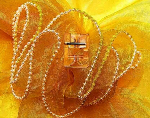 ELNA / JANOME Perlenaufnähfuß für Perlen 2 - 4 mm