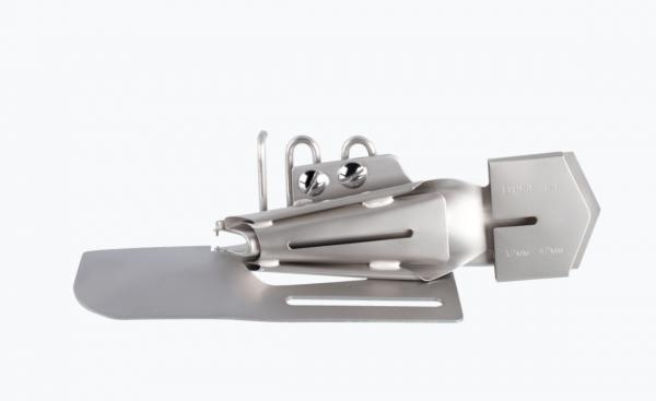 baby lock Doppelfaltschrägbinder mit Führungsrechen (Eingang 42 mm / Ausgang 12 mm)