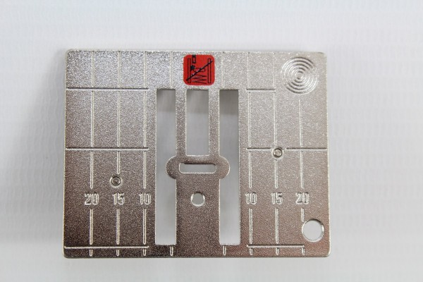 Bernina 9-mm-Stichplatte mit 5,5-mm-Stichloch
