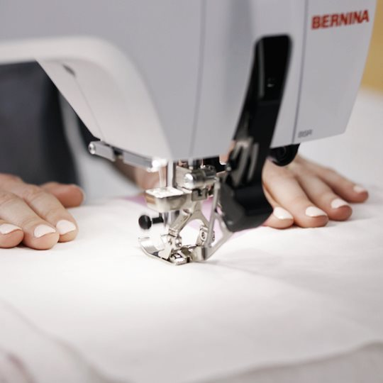 BERNINA-5Series-Keyfeature-DualFeed